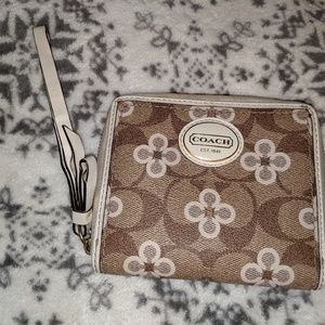 Authentic Preloved Coach wallet/wristlet